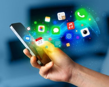 Hay web que ayudan al desarrollo de aplicaciones para los usuarios, creando así el marketing social