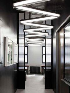 luces led en pasillo