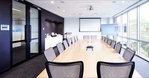 que no puede faltar en una sala de reuniones