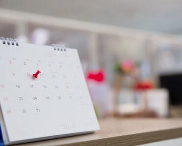 ventajas del calendario de mesa en el trabajo